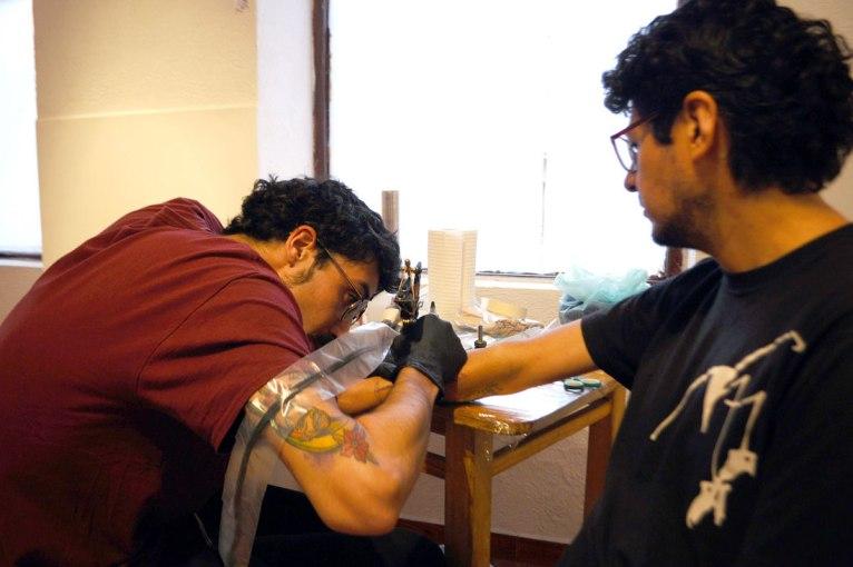 KM-tatuaje